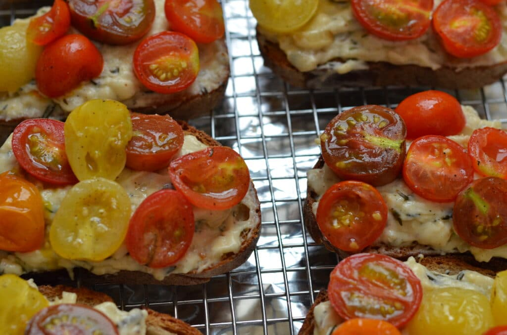 roasted tomato veggie croque arranged on a cooling rack